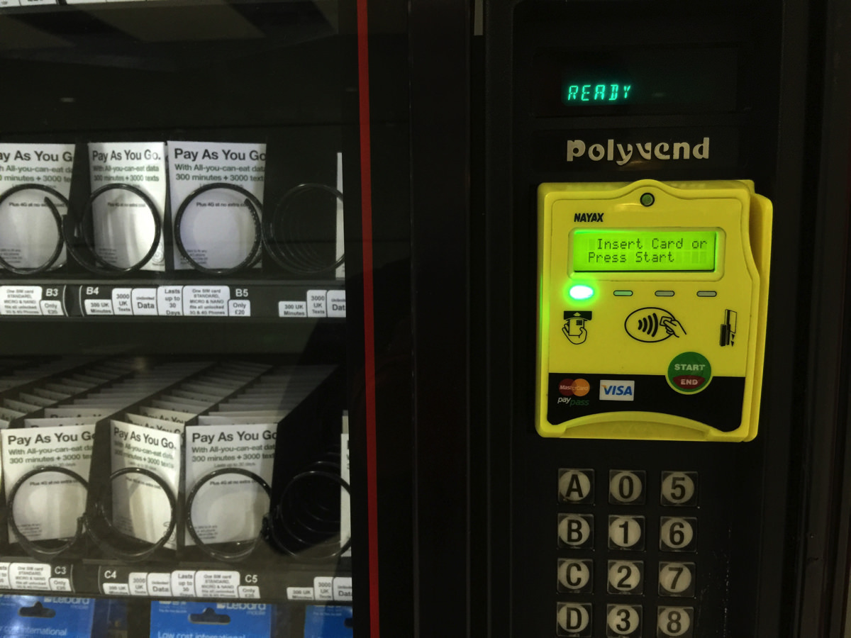uksim-vending-creditcard_02